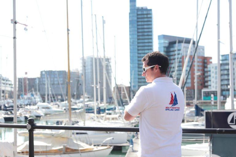 ov sailing wk pose